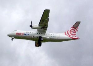 ATR 42-500 van EuroLOT  - foto Tomasz Kuran / Wikipedia