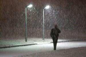 Man in sneeuw - auteur  kasjauns.lv